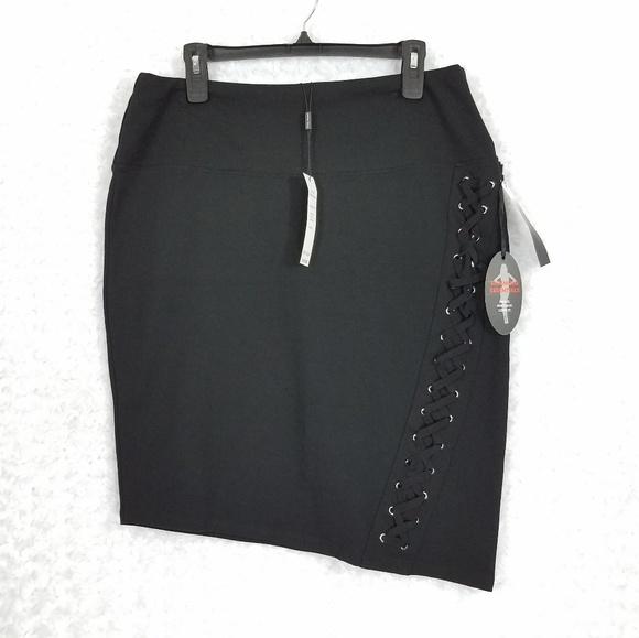 Athena Marie Dresses & Skirts - Athena Marie Slimming Asymmetrical Black  Skirt